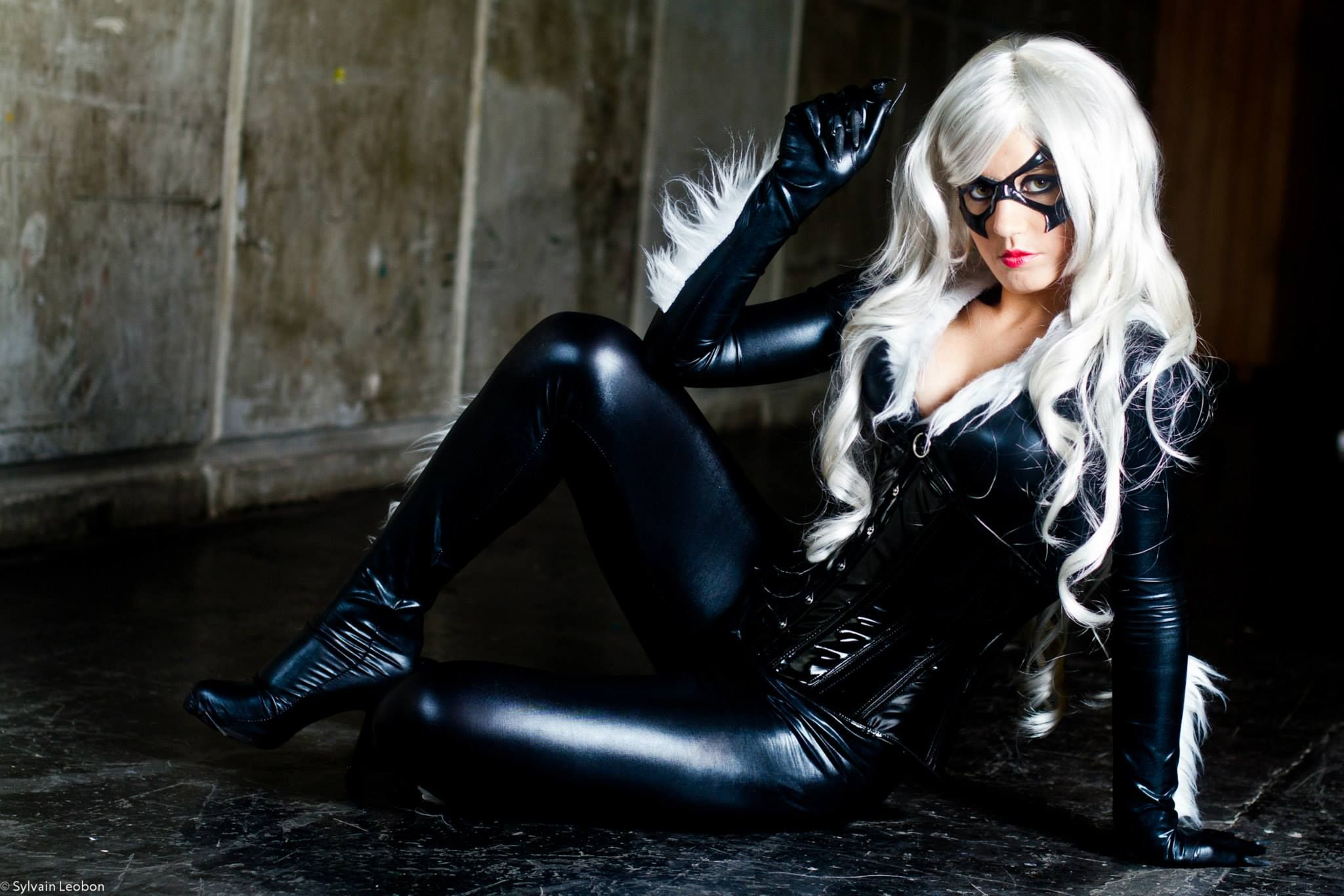 black cat from spiderman marvel comic series cosplay