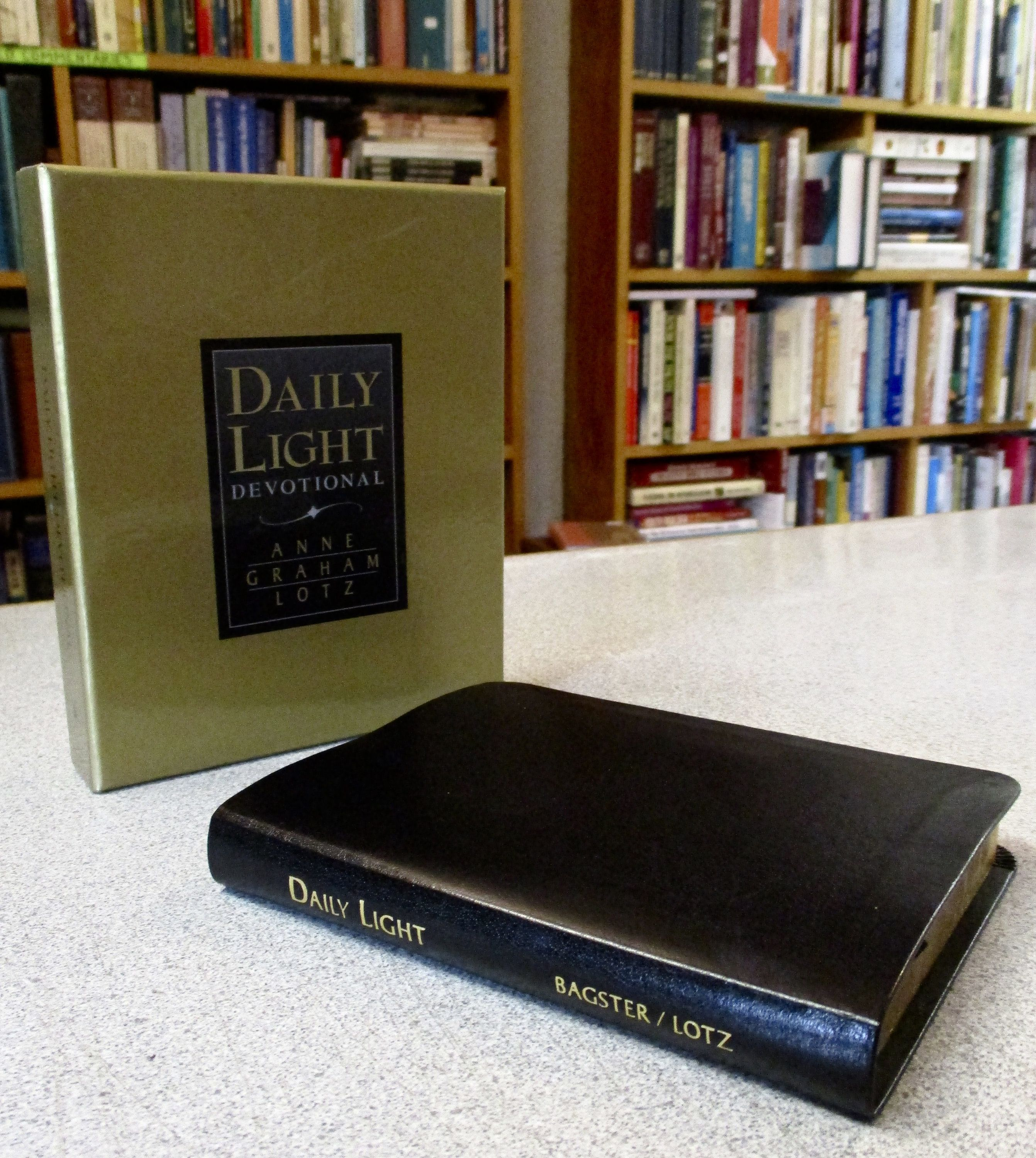 Personalized DAILY LIGHT Devotional NKJV Anne Graham Lotz Custom Imprinted  With Your Name Black Leather Daily