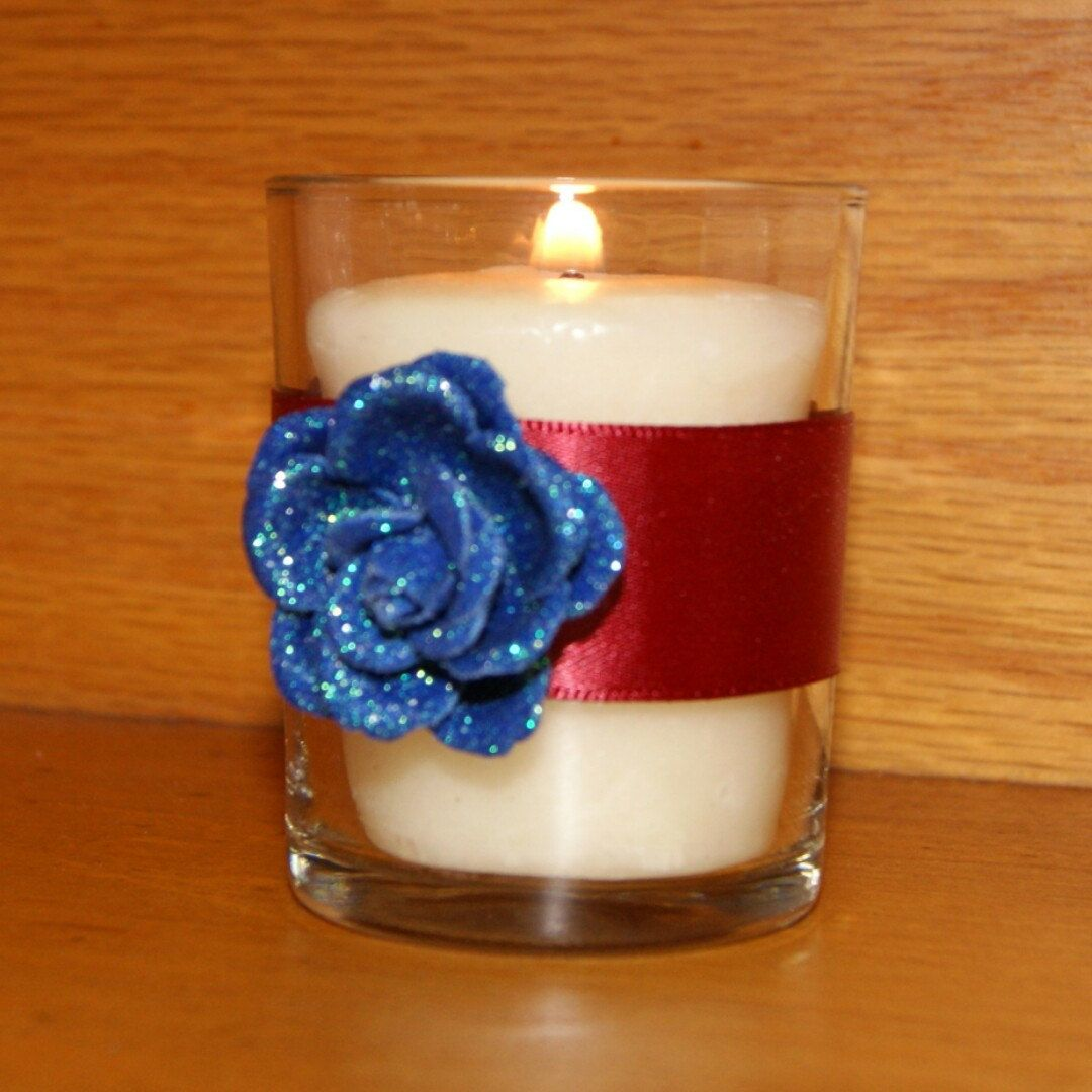 NEW ITEM ALERT  NAVY BLUE AND MARSALA WEDDING DECORATION VOTIVE CANDLE HOLDER    Navy & Marsala are trendy wedding colors. They are perfect for Spring, Summer or Fall Wedding  Decorations. Marsala was Panetone's Color of 2015 - simply wedding fabulous!