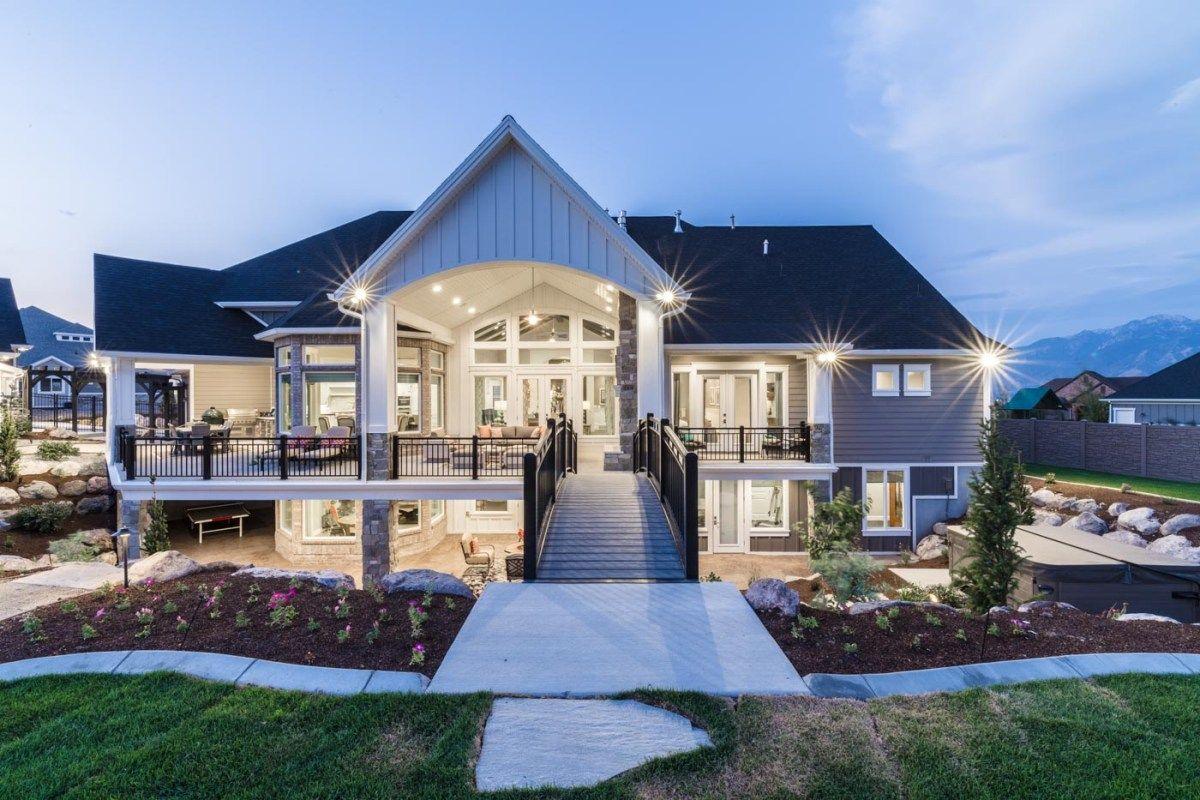 Luxury Smart Home Utah 01 Mansion Living Luxury Homes Dream Houses House Exterior
