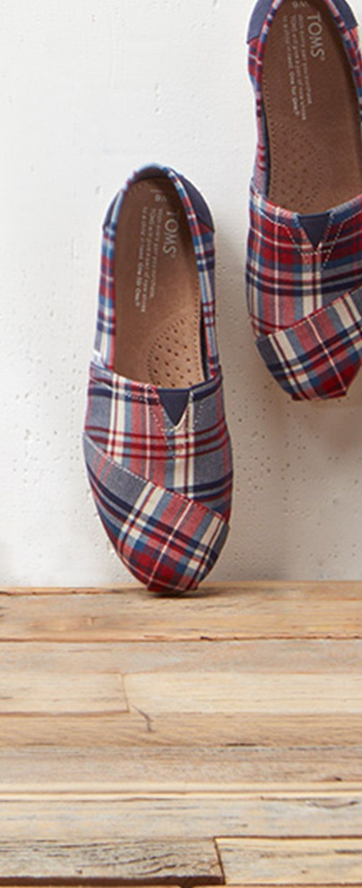b2df090c20864 Plaid for men and women. Approved campfire attire