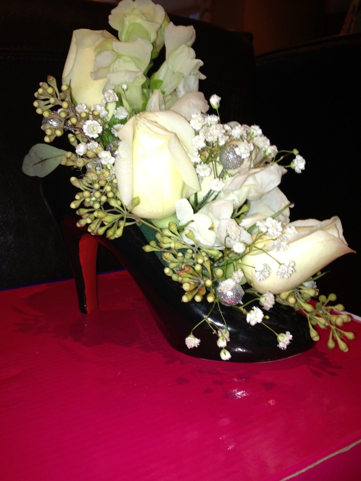 Ceramic High Heel Shoe Vase | Floral centerpiece and table ...