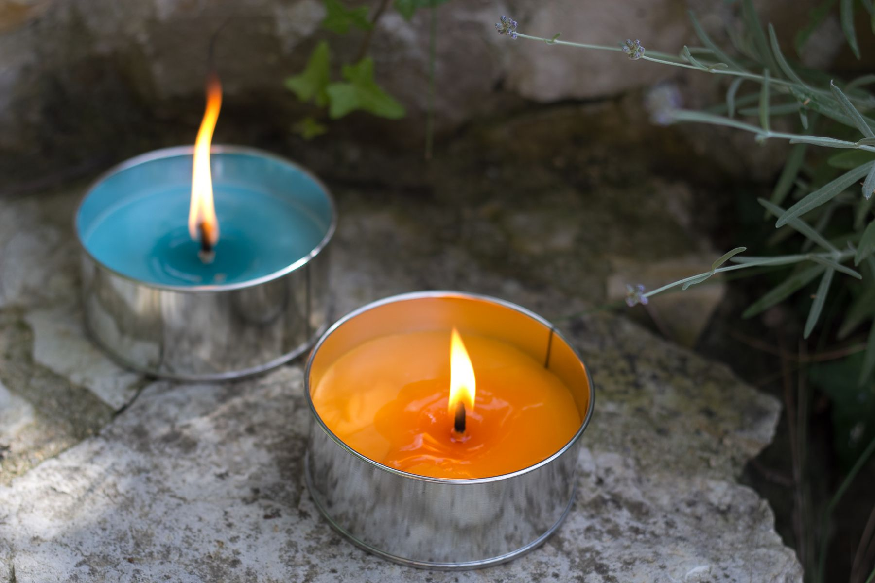AB Candle collection extérieur / outdoor collection Be One bougie qui résistent au vent et à la pluie / wind and rain resistant pêche, orange / peach, orange