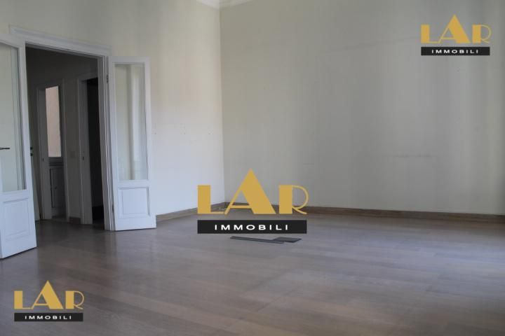 Stylish office for rent in Milan Rent