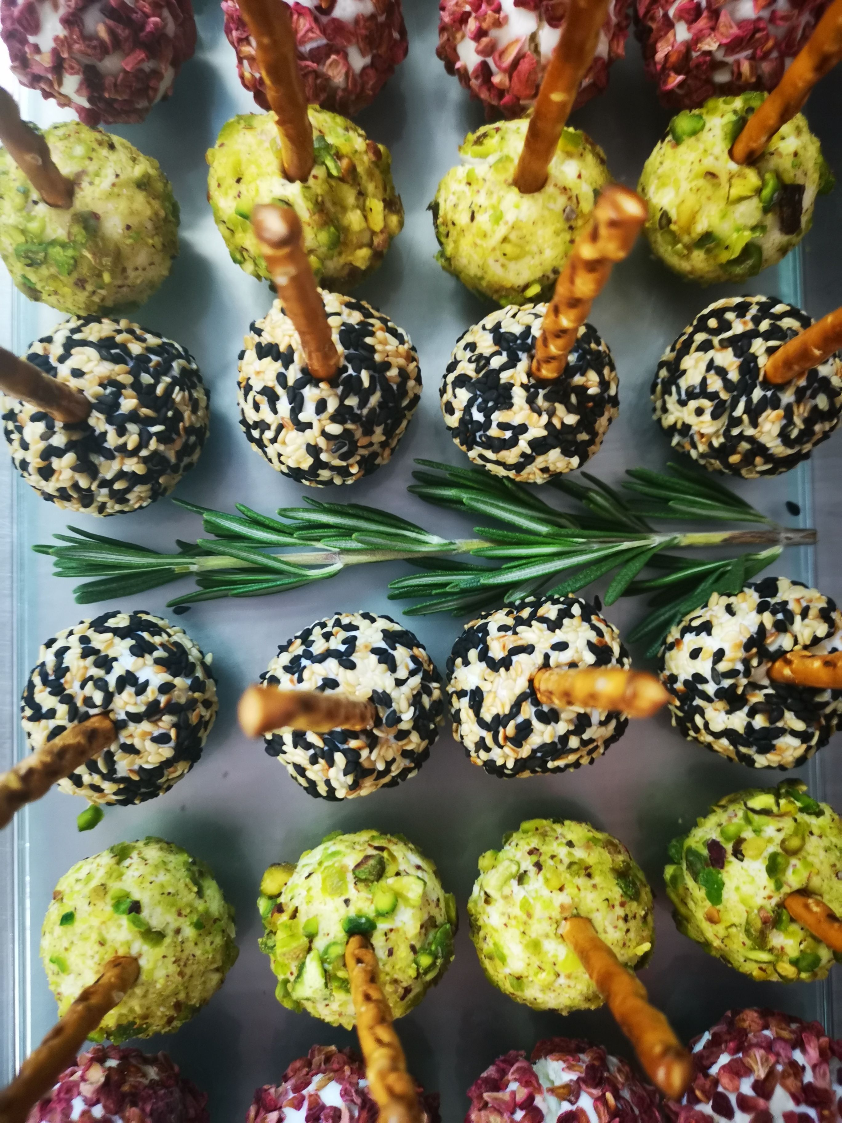 Pin by Easy Gourmet on Canapes Food, Cake pops, Desserts