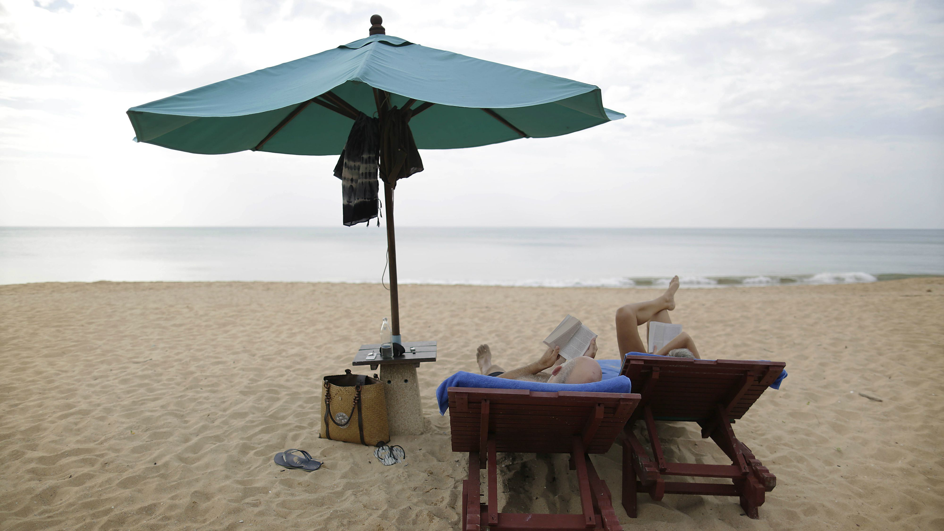 Summer books the psychology behind a perfect beach read