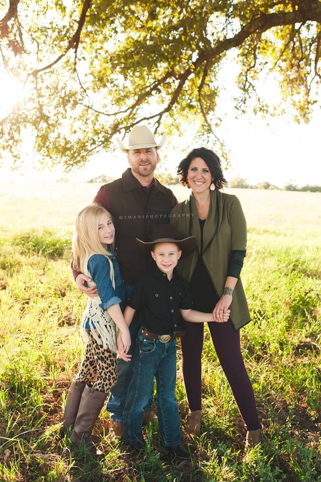Fall Winter Family Photos Color Palette Idea Jewel Tones Gold Burgundy Hunter Green Tan Family Photo Colors Family Picture Outfits Winter Family Photos