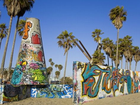 Art Walls Legal Graffiti On Venice Beach Los Angeles California Usa Photographic Print Richard Cummins Allposters Com In 2020 California Wall Art Venice Beach Art Graffiti