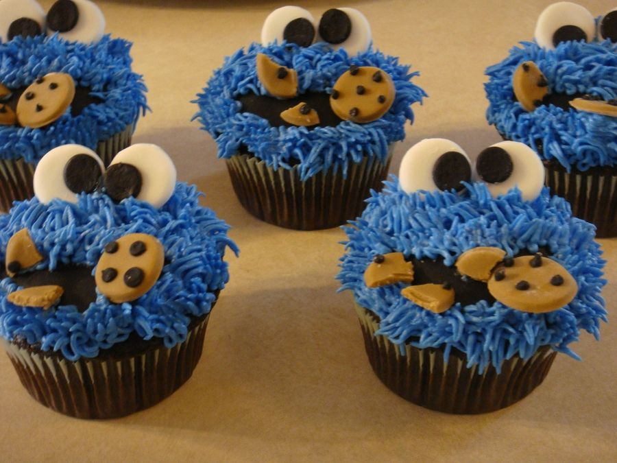 Cookie Monster — Cupcakes! | Monster cookies, Monster cupcakes, Cookie  monster cupcakes