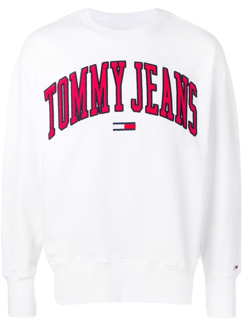 Tommy Jeans Tommy Jeans Oversized Logo Sweatshirt White Tommyjeans Cloth Sweatshirts Oversized Jeans Tommy Jeans [ 1334 x 1000 Pixel ]