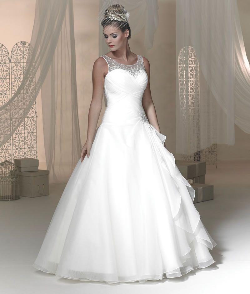 Win a Phoenix wedding dress worth £900! | Gettin\' Hitched ...