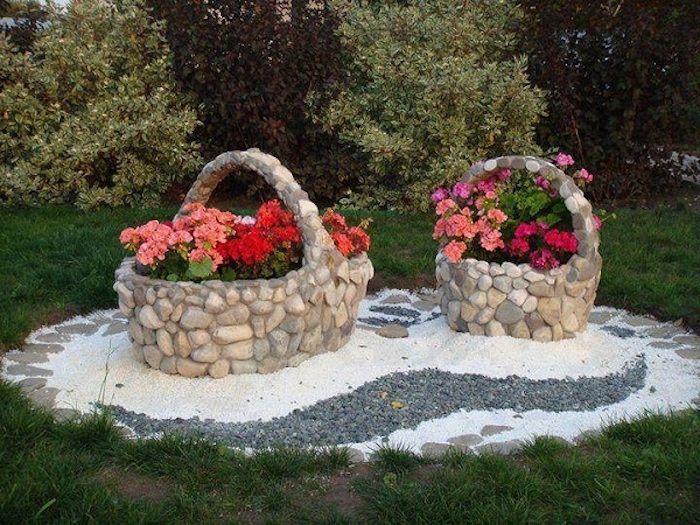 gartengestaltung kleine g rten k rbe aus natursteinen. Black Bedroom Furniture Sets. Home Design Ideas