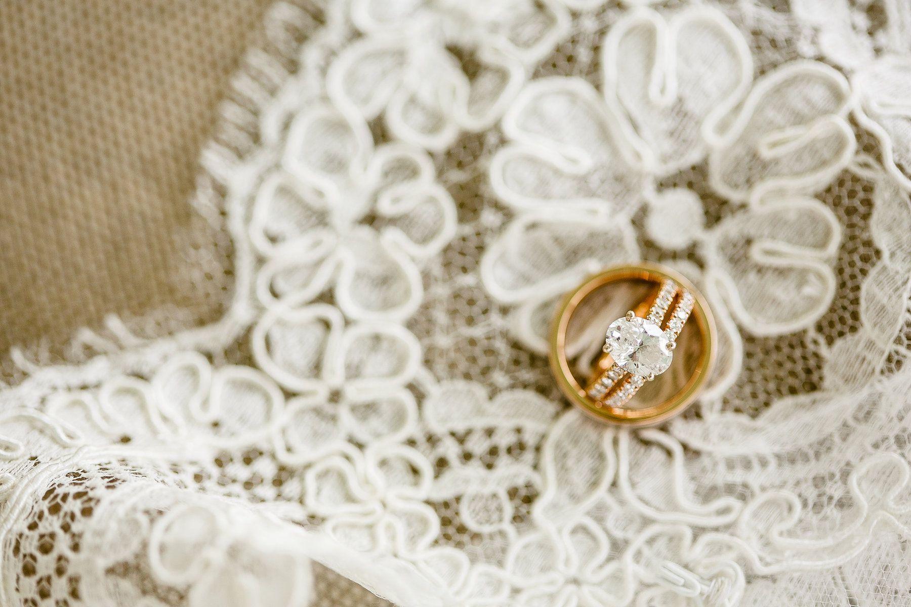 Wedding rings detail photo - Janelle Elise photography