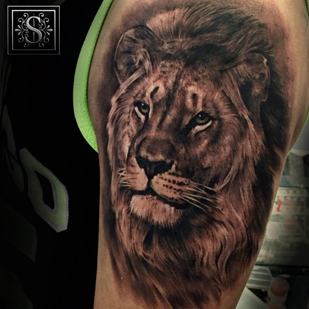 black and grey style lion tattoo on the left forearm frases comunes ingles pinterest. Black Bedroom Furniture Sets. Home Design Ideas