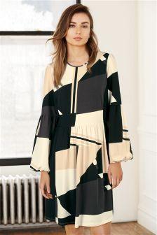 Buy plus size dresses online uk