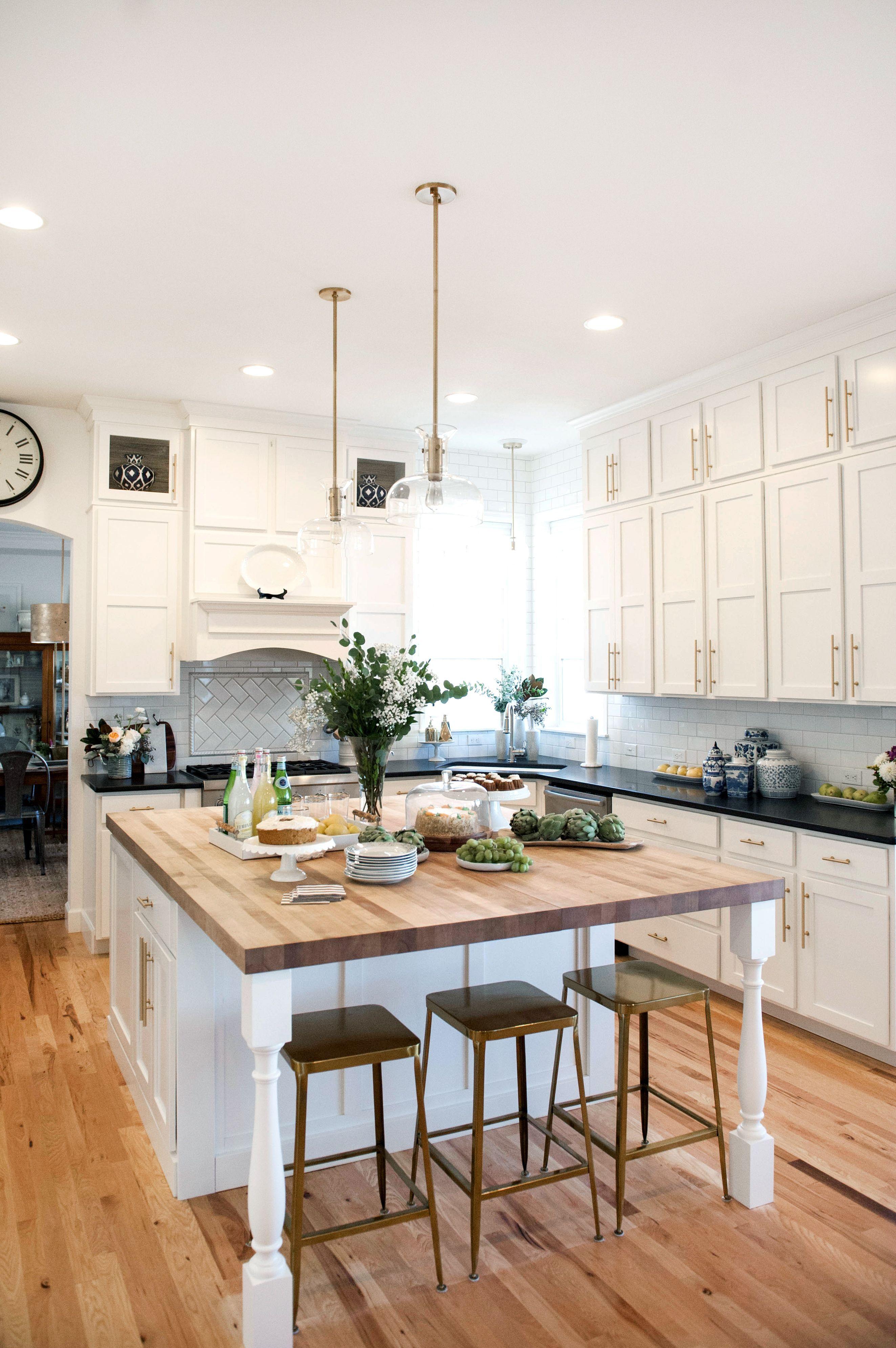 Suburban B S Fall 2016 One Room Challenge White Kitchen Makeover White Kitchen Cabinets Bras White Kitchen Makeover Home Kitchens Kitchen Island With Seating