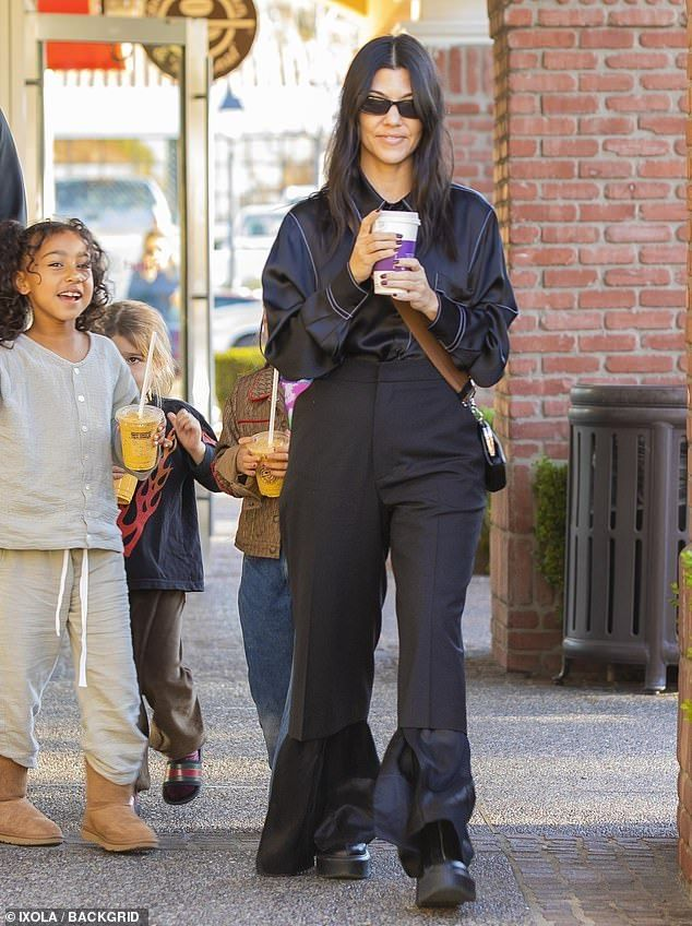 Kourtney Kardashian takes her kids and niece North out for ...