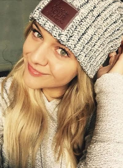 Kelsea Ballerini in her Love Your Melon Black Speckled Beanie! 4815ef941d9