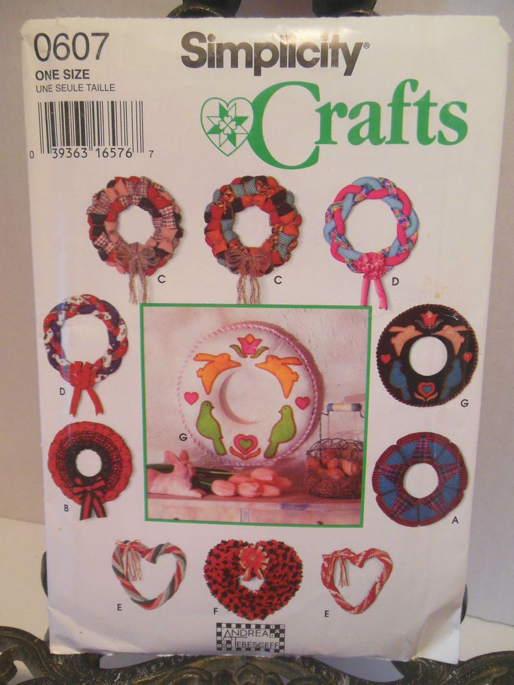 Simplicity Holiday Seasonal Crafts Sewing Pattern 0607 Wreath ...
