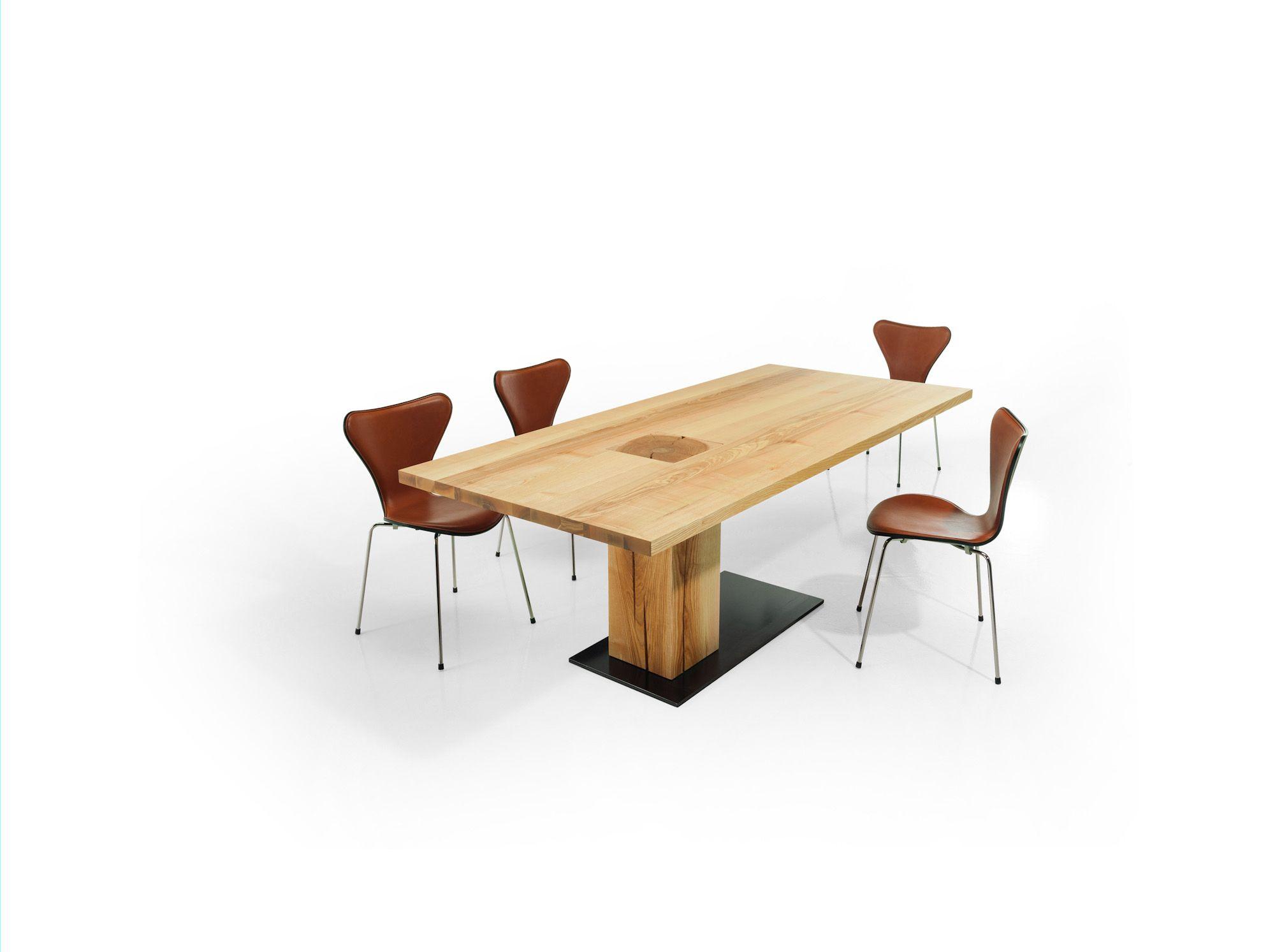 Esstisch Holz Baumstammsäule asymmetrisch bei