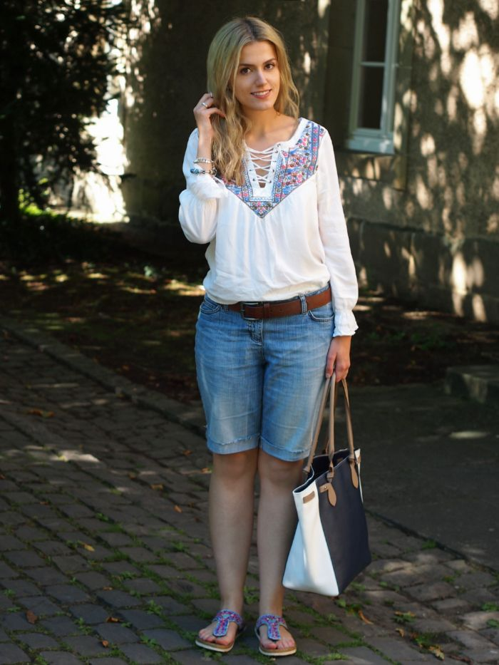 Hippy Top, Jeans Shorts. Birkenstock, Stilgut Marina