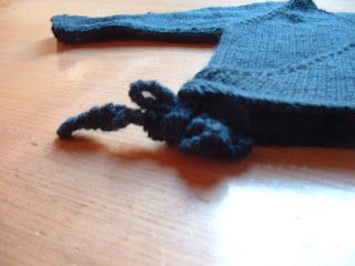 cd218c3d0d7a Seamless Baby Kimono  I have knit this little treasure up and LOVE ...