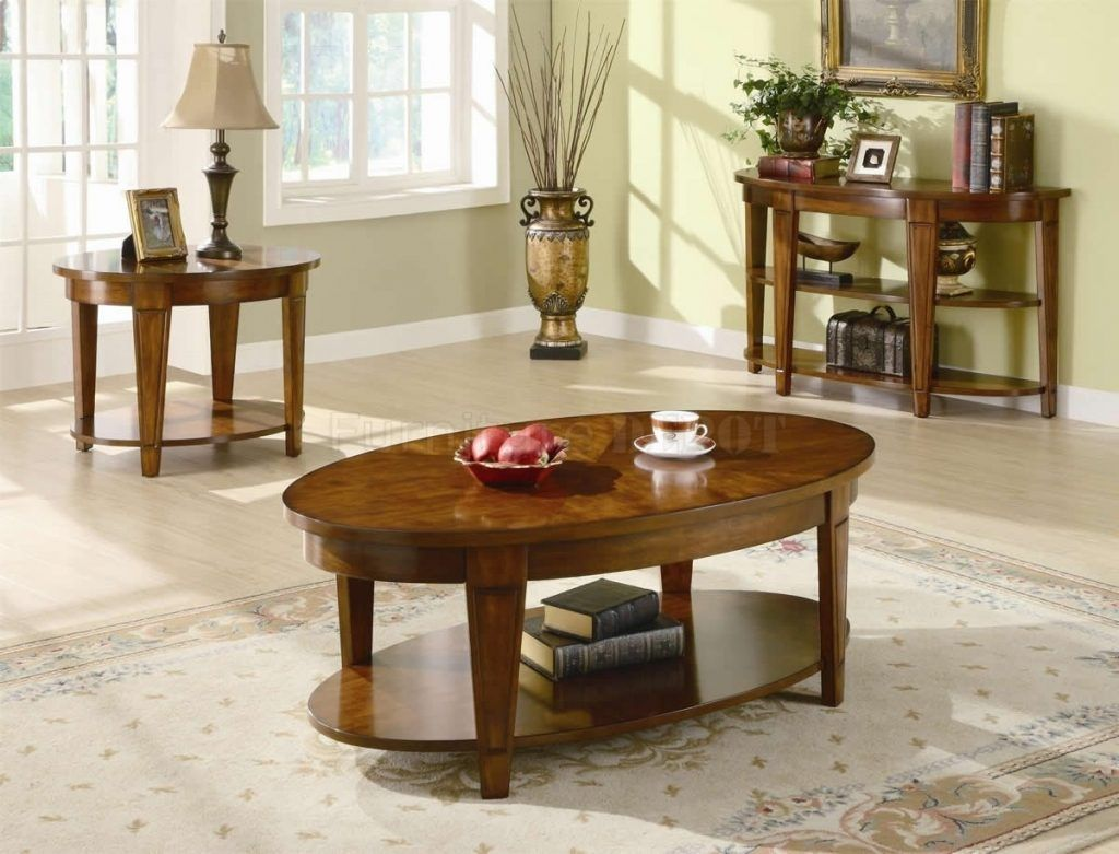 Decorating Ideas For Coffee Tables With Wooden Table And Flower Vase
