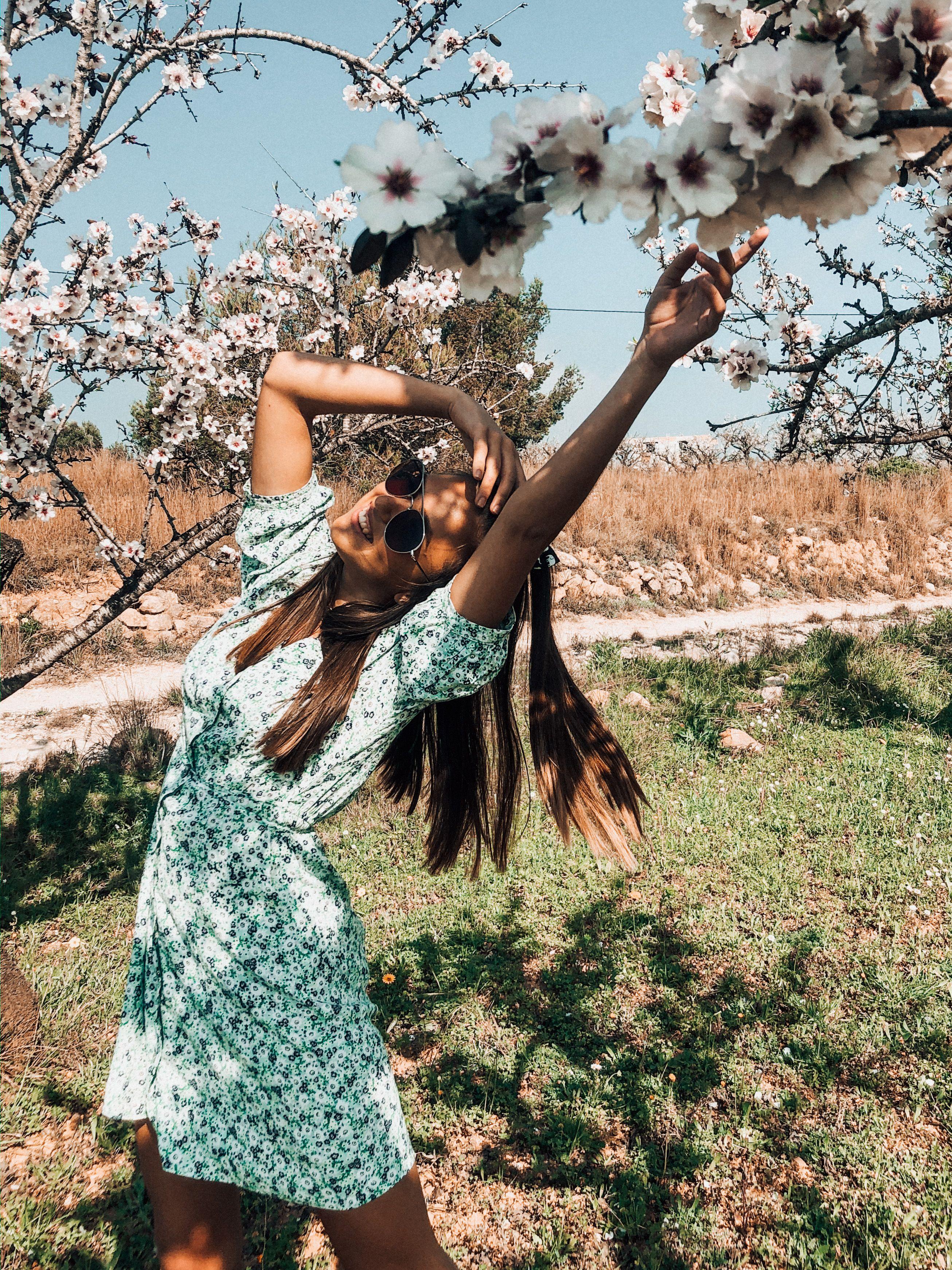 Beautiful spring dresses 2020 photoshoot ideas pink blossom spain