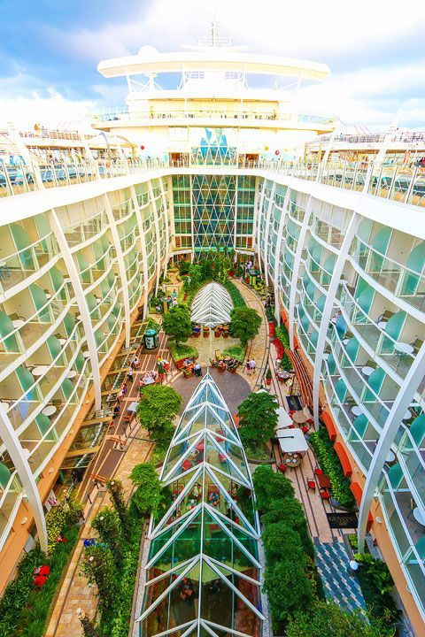 Exploring Atlantis And The Bahamas On Royal Caribbean Oasis Of Seas