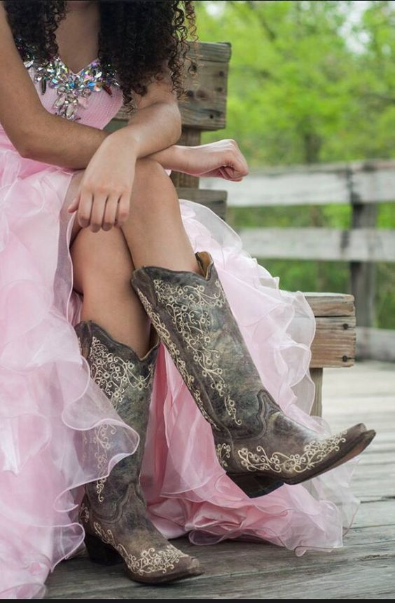Country Fifteen Western themed my 15 dress   Country LifeStyle ...