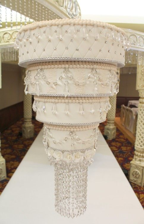 A Little Cake Place | Chandelier & Hanging Cakes