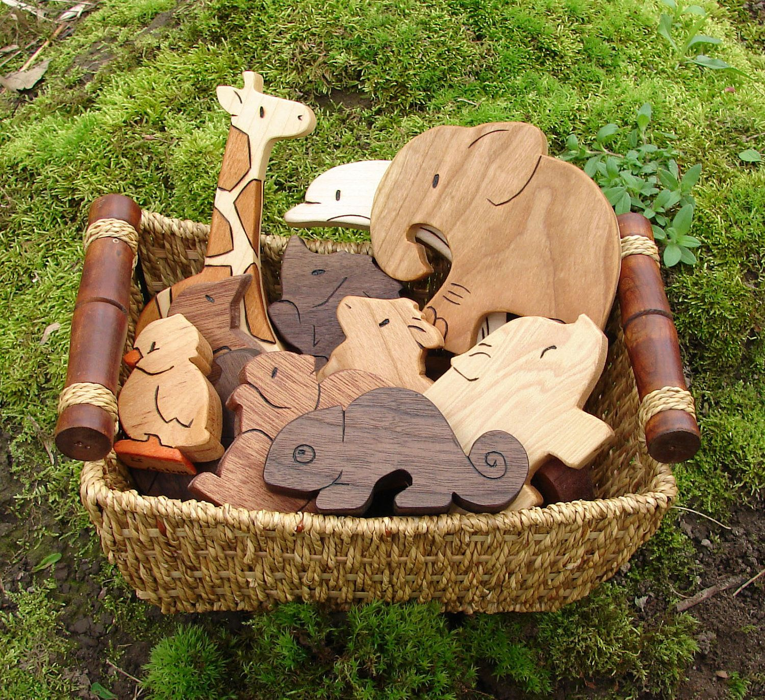 Top 25 Best Kids Toy Boxes Ideas On Pinterest: The 25+ Best Wooden Animals Ideas On Pinterest