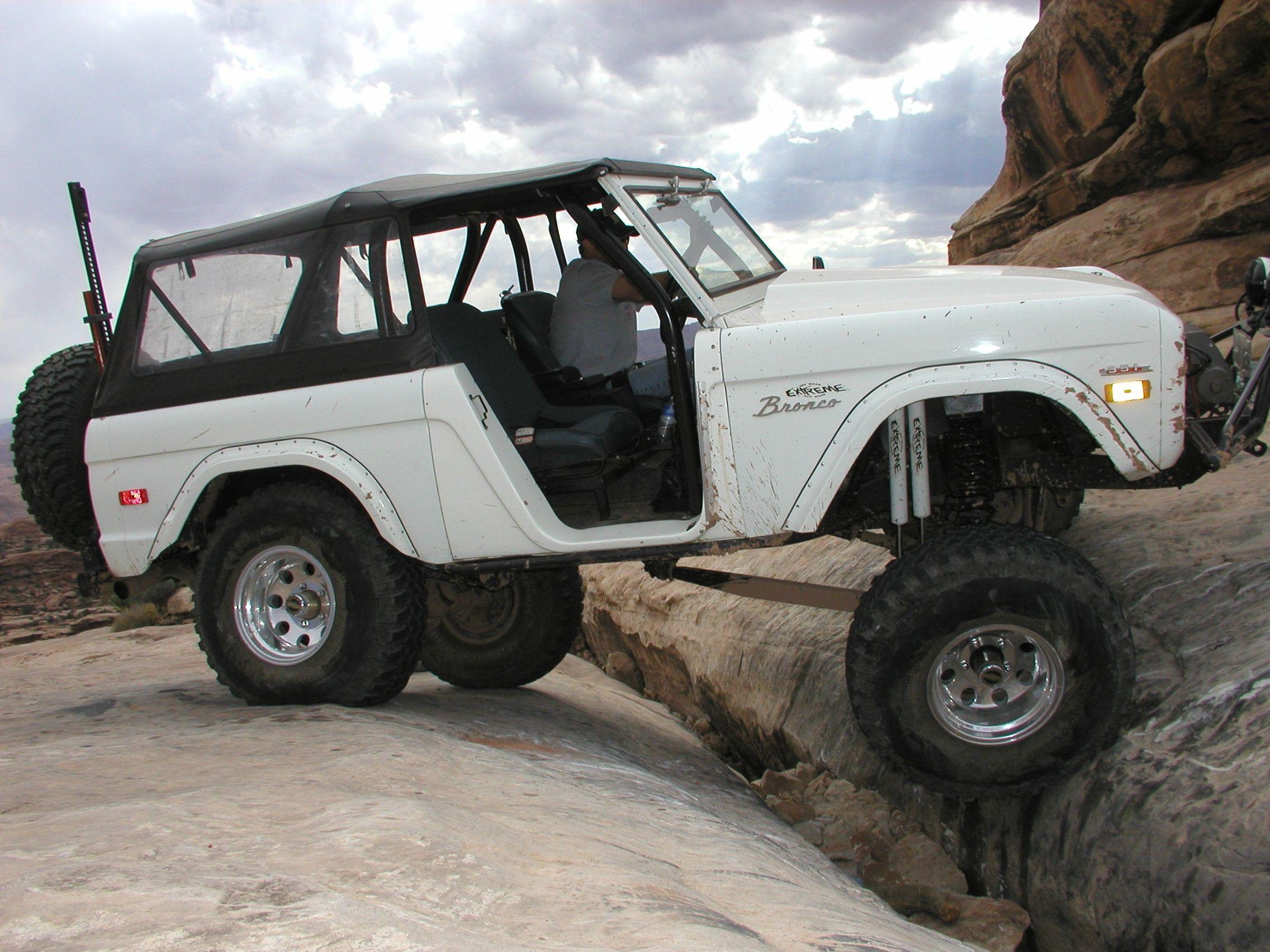 moab utah rock crawling | Classic bronco, Classic ford broncos, Ford bronco
