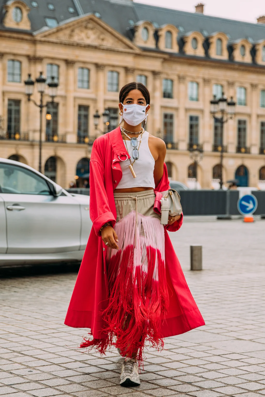 Das Sind Die Besten Street Style Looks Der Paris Fashion Week Cool Street Fashion Street Style Paris Fashion Week