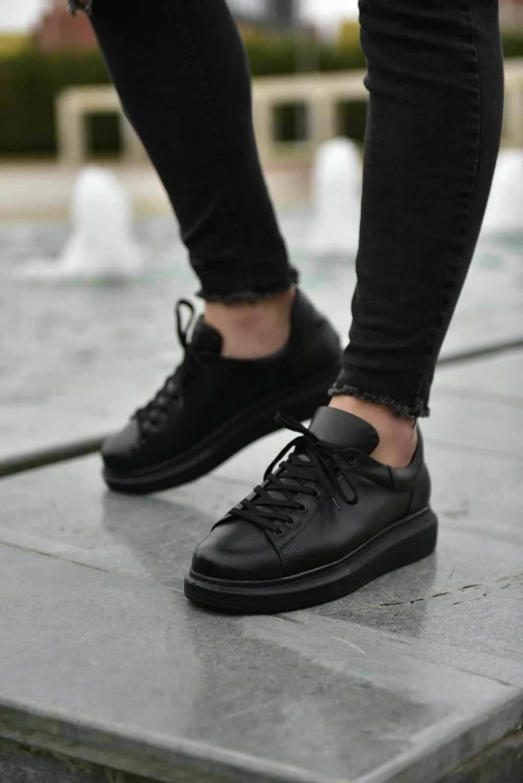 black casual sneakers mens