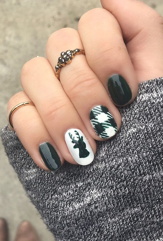 Festive Christmas Nail Art Designs & Ideas for New Year