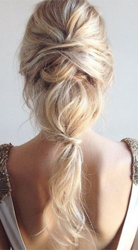 Boho y muy estiloso... #peinados #novia