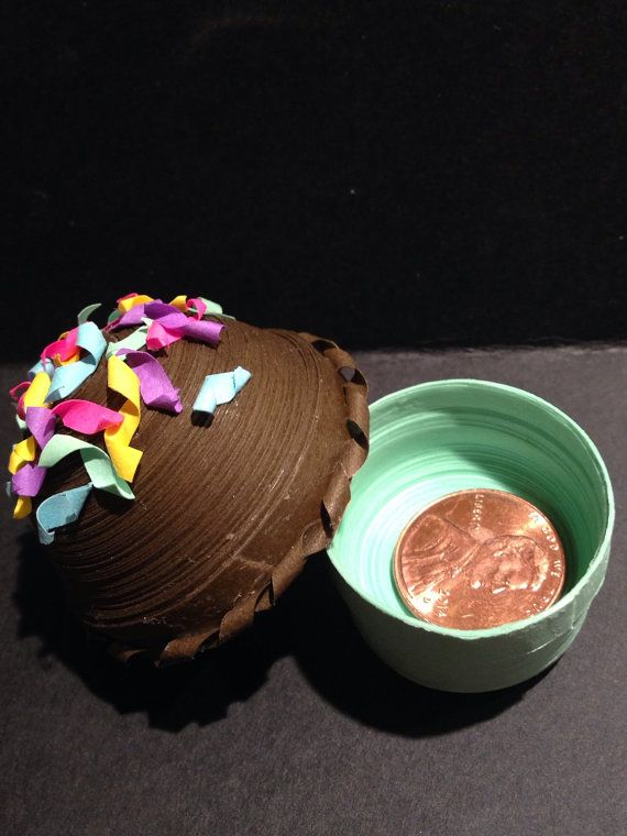 Paper Cupcake with Paper Sprinkles on Top by FunkyLizardCrafts