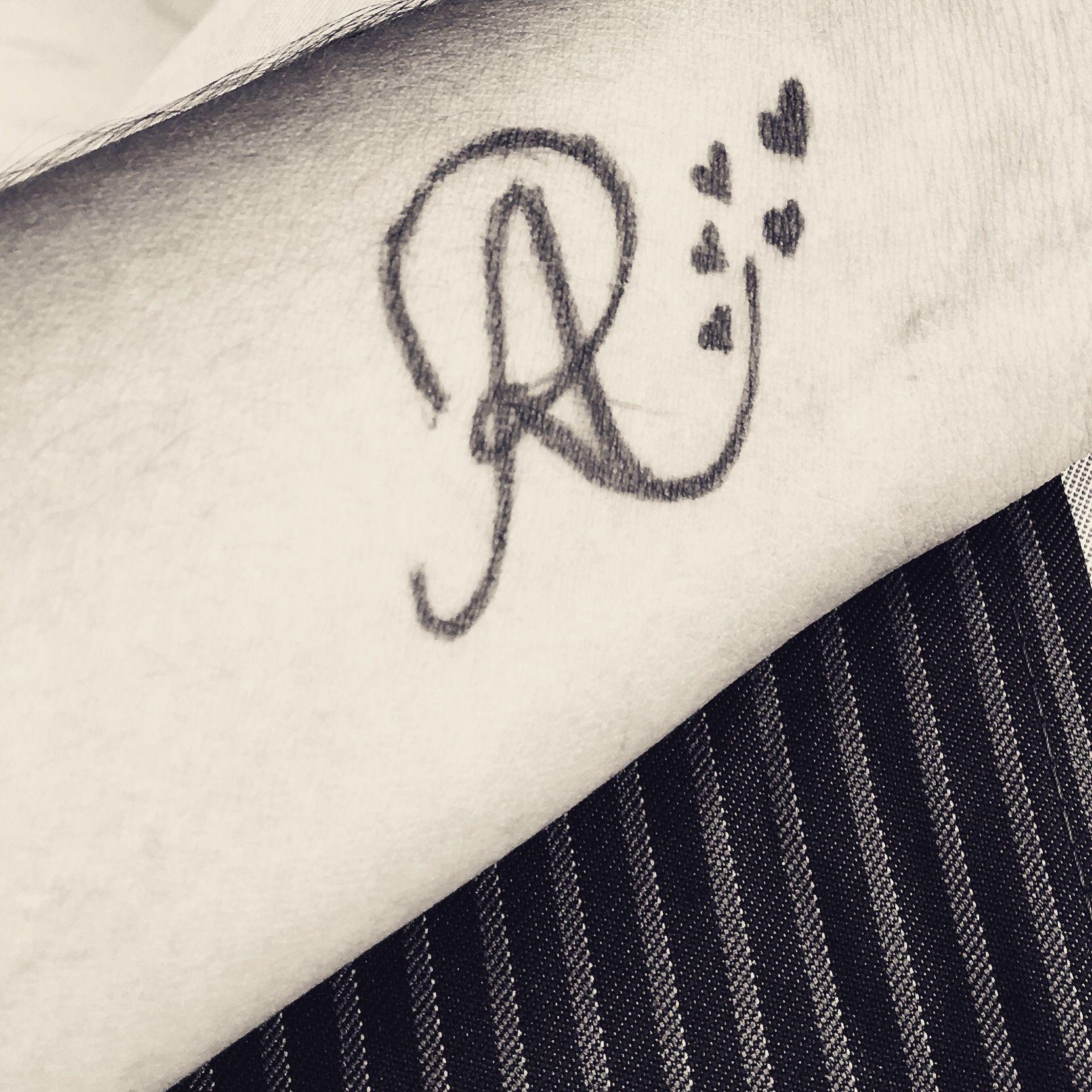 Ar Logo Letter R Tattoo Alphabet Tattoo Designs Tattoo Lettering