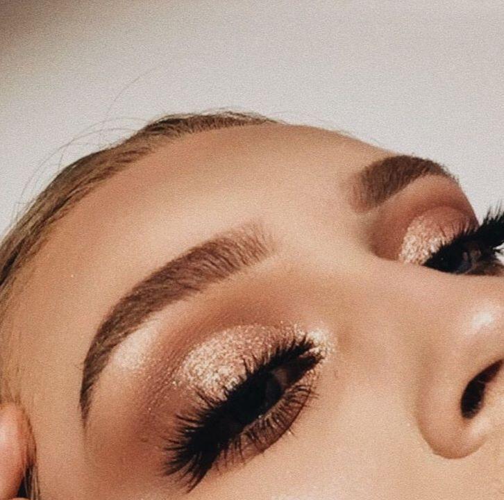 Augen Make-up Gold glühend funkeln   - Μακιγιάζ - #Augen #funkeln #glühend #Gold #makeup #Μακιγιάζ #goldmakeup