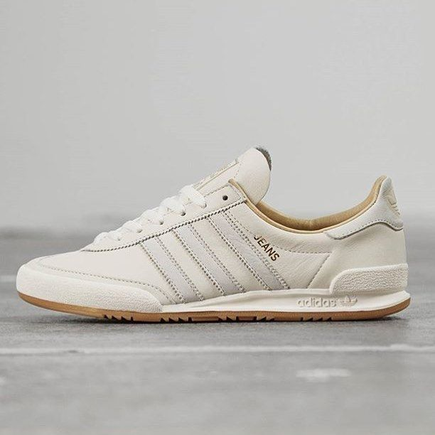 brand new dc289 2ebff adidas Originals Jeans MKII  Cream