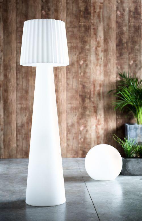 KERIA LUMINAIRES vous présente le lampadaire LADY et la lampe boule ...