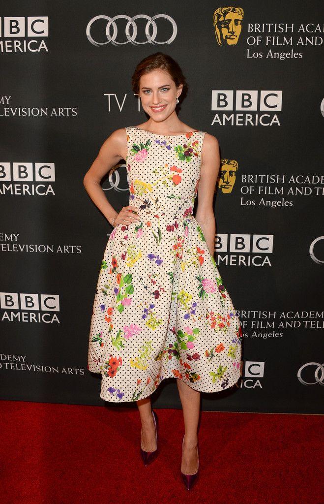 Allison Williams in Oscar de la Renta at the BAFTA LA TV Tea Party