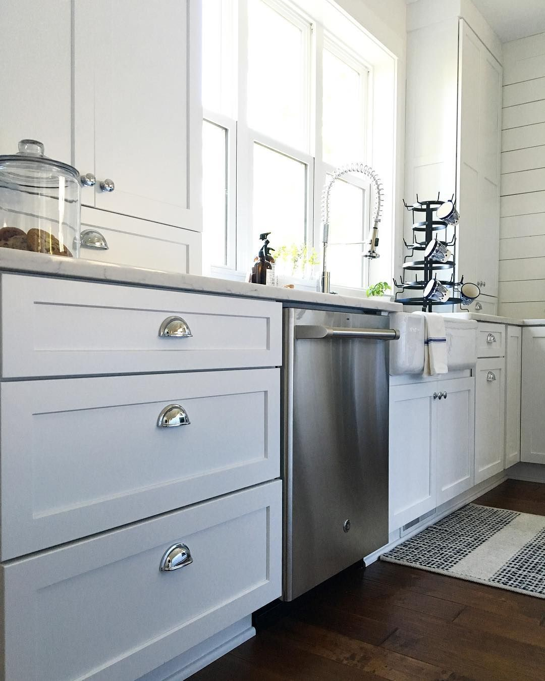 Countryside Cabs In White Ice Lexington Door Kitchen Rennovation House Kitchen Cabinets