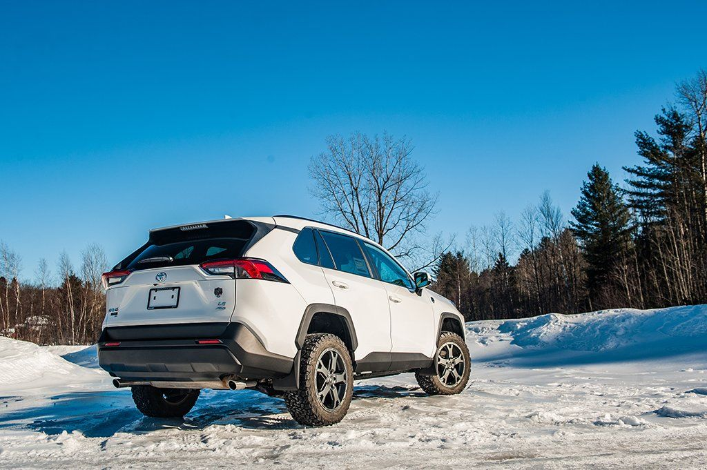 2019 Toyota RAV4 on LP Aventure Wheels LP2 Rav4, Toyota