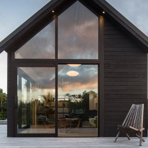 Three New Zealand Homes Make The Shortlist Of The World Architecture Festival Beach House Design Amazing Bathrooms Luxury Bathroom