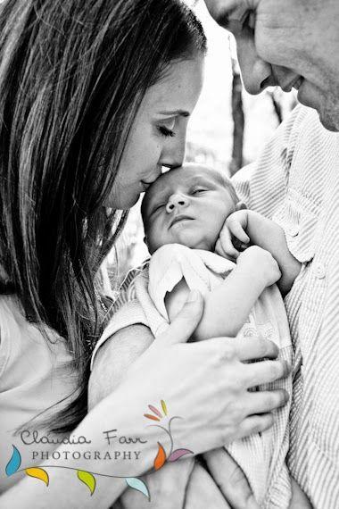 Claudia Farr Photography: Harlingen Newborn Photographer / Colton