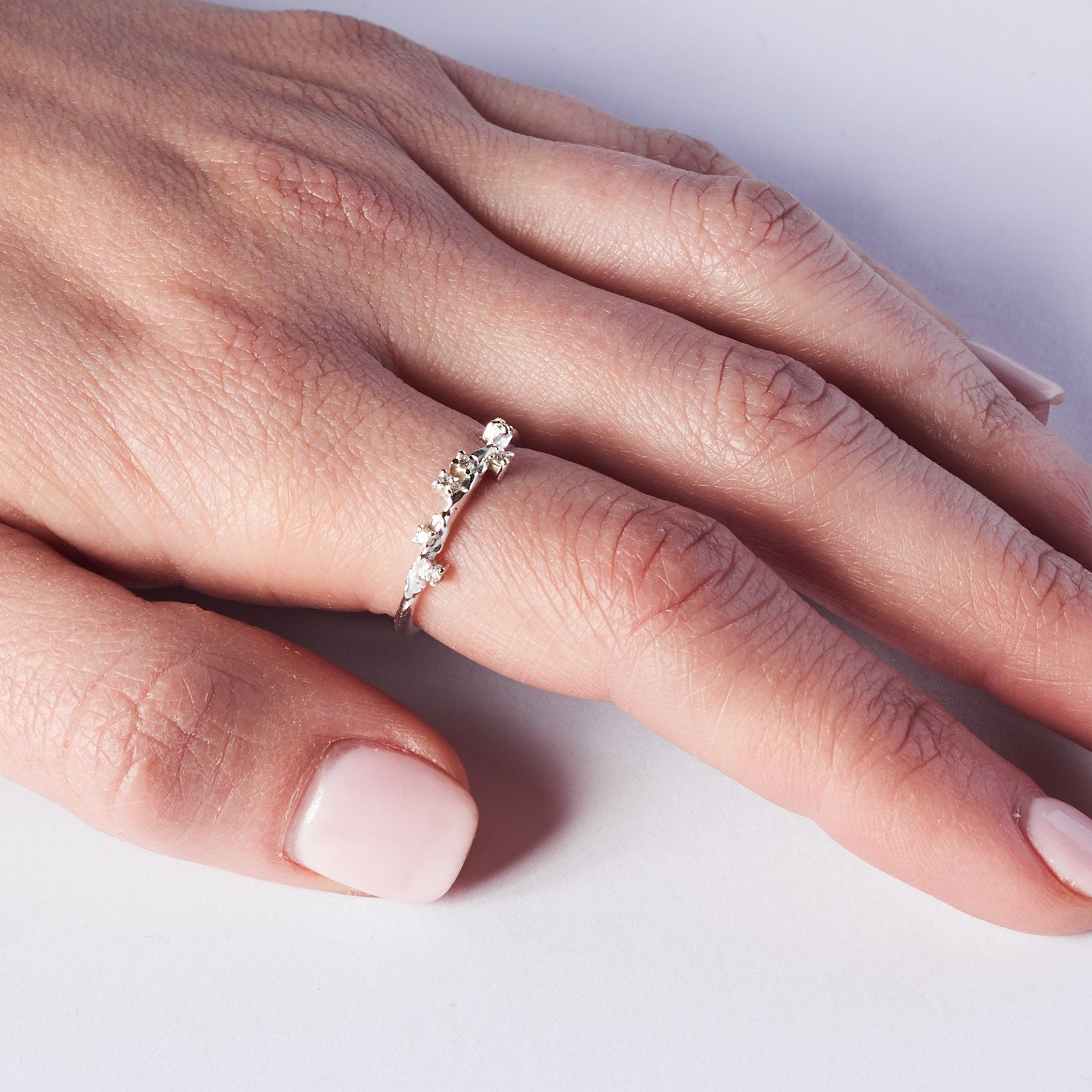 Isolda - diamonds   White diamonds, Gold rings and Diamond