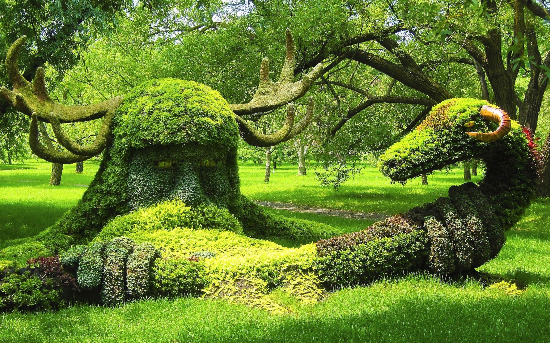Beautiful Gardens .