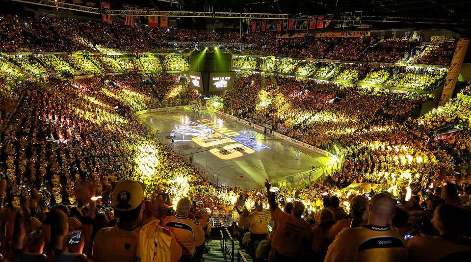Predators vs. Penguins Nashville predators, Nashville